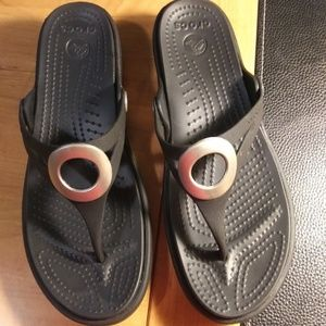 Crocs Size 8 Thong Sandal